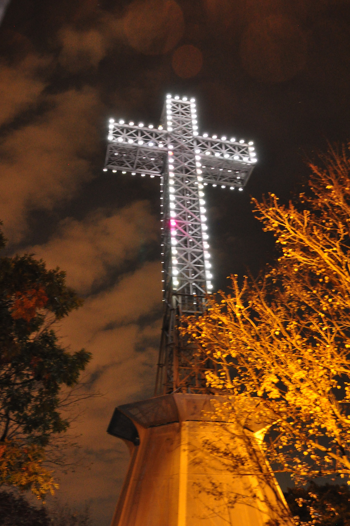 Mount-Royal Cross